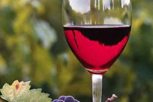 Το κόκκινο κρασί προστατεύει την ακοή