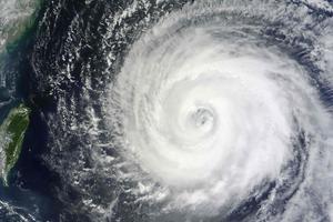 Ο τυφώνας Μουίφα απειλεί την Ταϊβάν