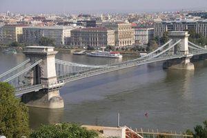 Με κοινοτικά κονδύλια η κατασκευή της δεύτερης γέφυρας του Δούναβη