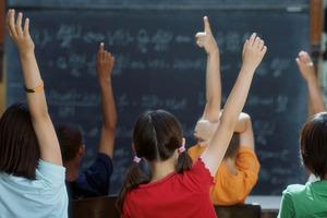 Λείπουν 20.000 δάσκαλοι - καθηγητές