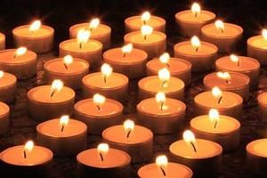 Σας ζητάει η κοπέλα σας δείπνα υπό το φως των κεριών;