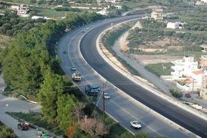 Εργασίες διαγράμμισης του οδικού δικτύου στον νομό Τρικάλων