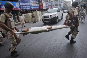 Αυξάνεται ο αριθμός των νεκρών στο Πακιστάν