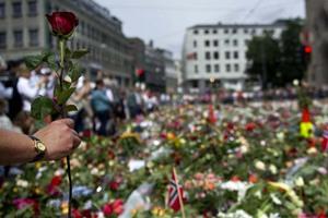 Φόρος τιμής στα θύματα της Νορβηγίας