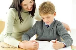 Πώς βοηθάμε στο διάβασμα του παιδιού
