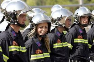 Προσλήψεις 4.000 πυροσβεστών