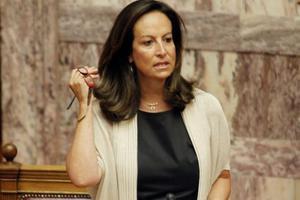 Κόντρα κυβέρνησης-ΝΔ στη Βουλή για τα ΑΕΙ