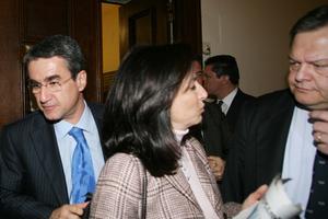 Στήριξη Λοβέρδου σε Βενιζέλο και Διαμαντοπούλου