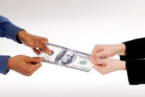 Γιατί τα ζευγάρια μαλώνουν για τα οικονομικά;