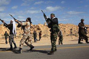 Οι αντάρτες απωθούν τους στρατιώτες του Καντάφι