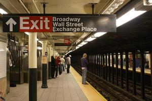 Συνελήφθη η γυναίκα που σκότωσε μετανάστη στο μετρό