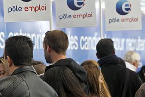 Ρεκόρ ανεργίας στη Γαλλία τον Ιούνιο