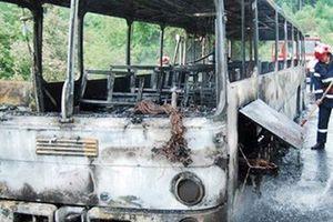 Λεωφορείο έπιασε φωτιά εν κινήσει