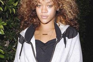 Ελεύθερη δηλώνει η Rihanna