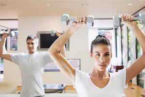 Γιατί η άσκηση «φουσκώνει» τους μύες