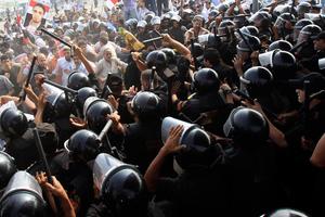 Νέες συγκρούσεις στο Κάιρο