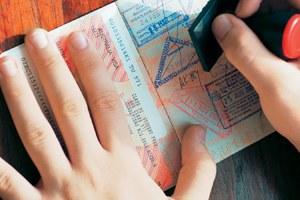 Σπείρες «πωλούν» βίζες για μετανάστευση στην Αυστραλία