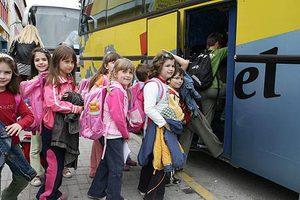 «Χειρόφρενο» από τους οδηγούς στη μεταφορά μαθητών στη Σάμο