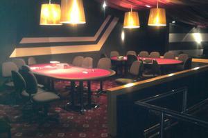 Χτύπημα σε μεγάλο παράνομο καζίνο στο Μαρούσι