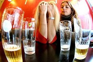 Το αλκοόλ δεν μας κάνει να φερόμαστε άσχημα