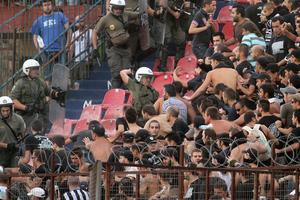 Συμπλοκές μεταξύ οπαδών στο Περιστέρι