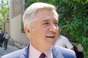 ΝΔ: Πριν από 26 χρόνια τρομοκράτες δολοφονούσαν τον μαχητή της Δημοκρατίας Παύλο Μπακογιάννη