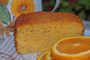 Κέικ αμυγδάλου με πορτοκάλια