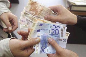Φόρους 8 δισ. ευρώ πρέπει να πληρώσουν οι φορολογούμενοι