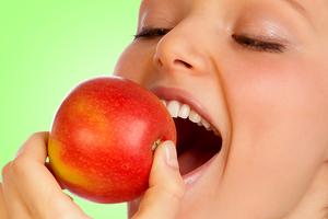 Δύο μήλα την ημέρα τον γιατρό τον κάνουν πέρα