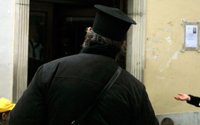 Συνελήφθη ρασοφόρος για ασέλγεια σε γυναίκα στη Θεσσαλονίκη