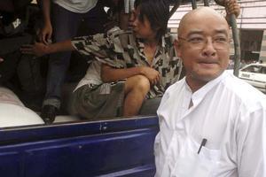 Αποφυλακίστηκε ο δημοφιλέστερος κωμικός της Μιανμάρ