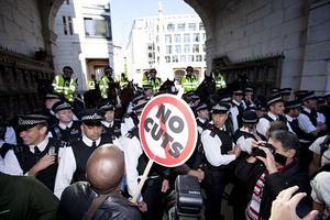 «Κατάληψη στο χρηματιστήριο του Λονδίνου»
