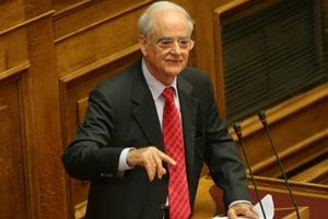 Τροπολογία Κακλαμάνη για υποθέσεις απιστίας διοικήσεων τραπεζών