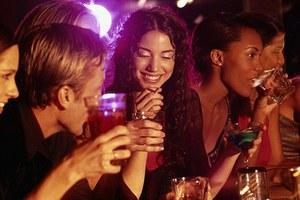 Πότε το αλκοόλ προστατεύει τα οστά