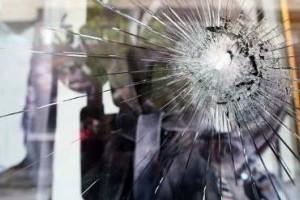 Επίθεση στα γραφεία του ΣΥΡΙΖΑ στο Ίλιον