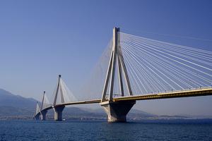 Η γέφυρα Ρίου-Αντιρρίου πριν κατασκευαστεί