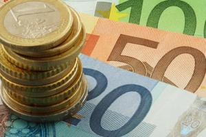 Κοντά σε συμφωνία για ανακεφαλαιοποίηση των τραπεζών