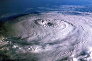 Η τροπική καταιγίδα Ρίνα ενισχύθηκε σε κυκλώνα