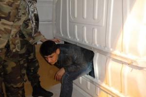 Συνελήφθη για παράνομη διακίνηση λαθρομεταναστών