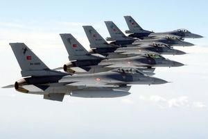 Νέες επιδρομές εξαπέλυσε η τουρκική αεροπορία εναντίον του PKK