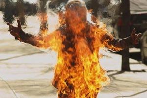 Αυτοπυρπολήθηκε 18χρονος Θιβετιανός