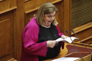 Θα απέχει από την ψηφοφορία η Έλσα Παπαδημητρίου