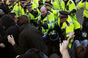 Είκοσι συλλήψεις για τα επεισόδια στο Λονδίνο