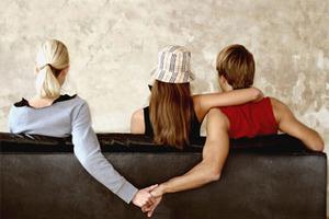 Είστε πιστοί στη σχέση σας;