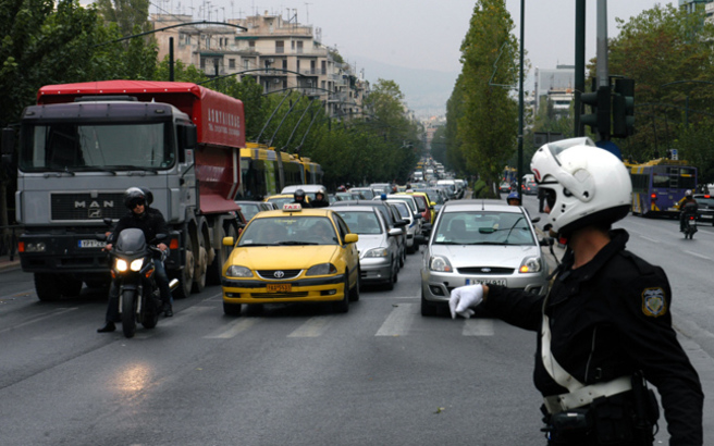 Αυστηρότερο πλαίσιο για τους ανασφάλιστους οδηγούς