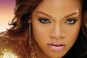 Ψάχνει για άντρα η Rihanna