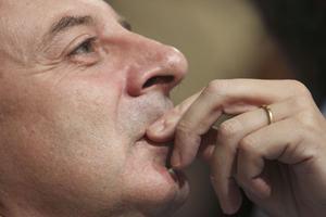 «Ηττηθήκαμε στις σημερινές εκλογές από το Λαϊκό κόμμα»