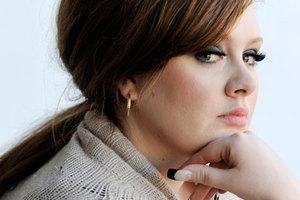 Στο στάδιο της ανάρρωσης η Adele