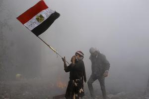 Με κατάληψη της πλατείας Ταχρίρ απειλούν στην Αίγυπτο