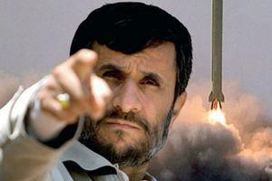 Υπέρ στρατιωτικής επέμβασης στο Ιράν το 56% των Αμερικανών